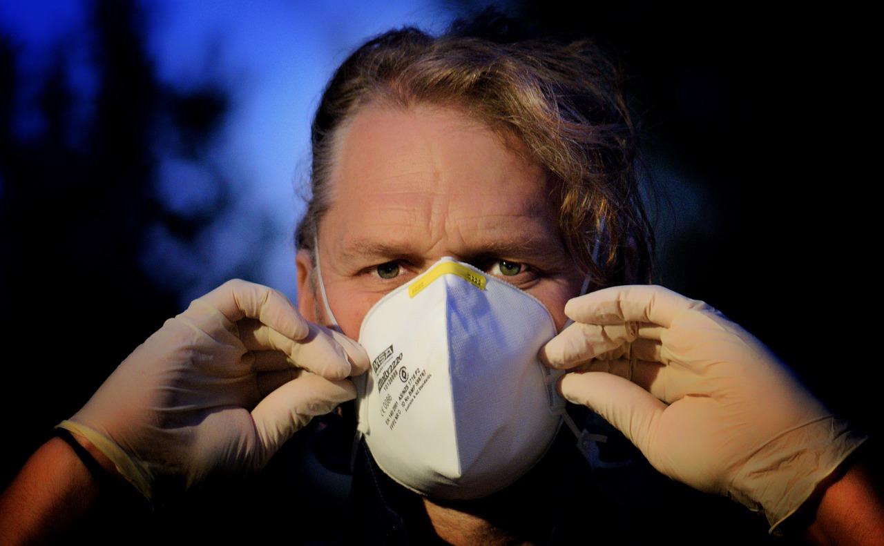 Quale mascherina ci protegge dal coronavirus?